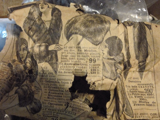 Antique French newspapers - packing material for mourning pieces