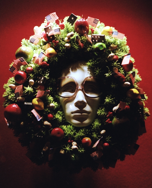 Dig those Glasses, Window Wreath, December 1976
