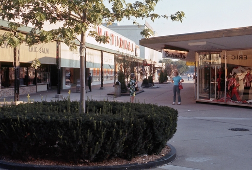 Lincoln Village Exterior