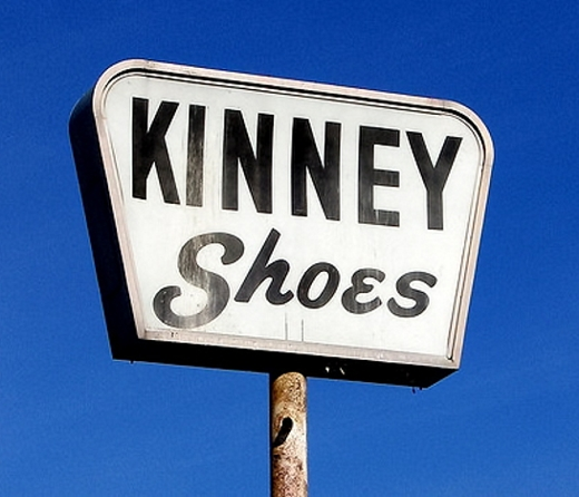 Kinney Shoes Sign